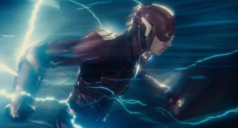 justice-league-dc-flash-ezra-miller-3